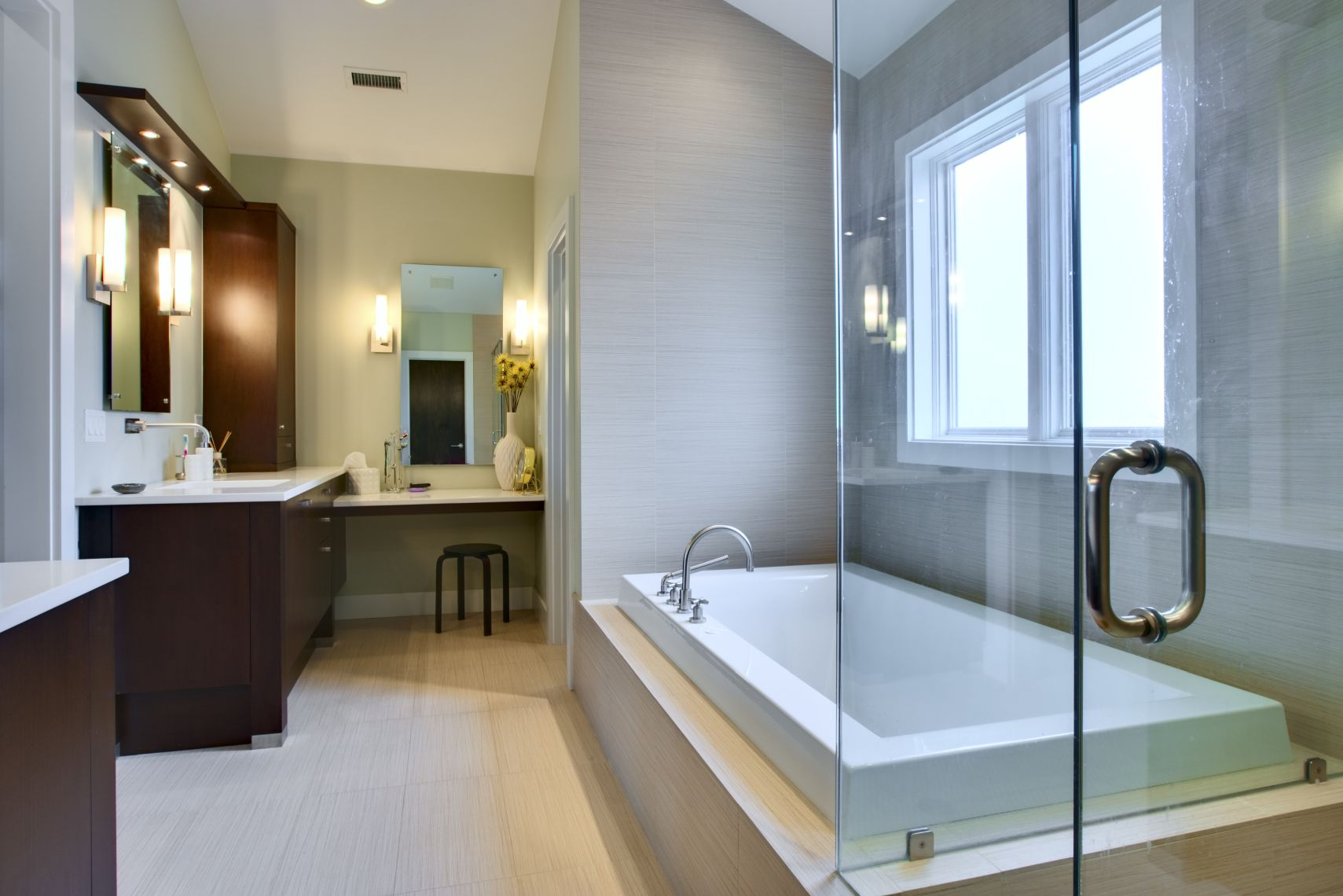 best-const-bath-remodel-layton-ut-usa