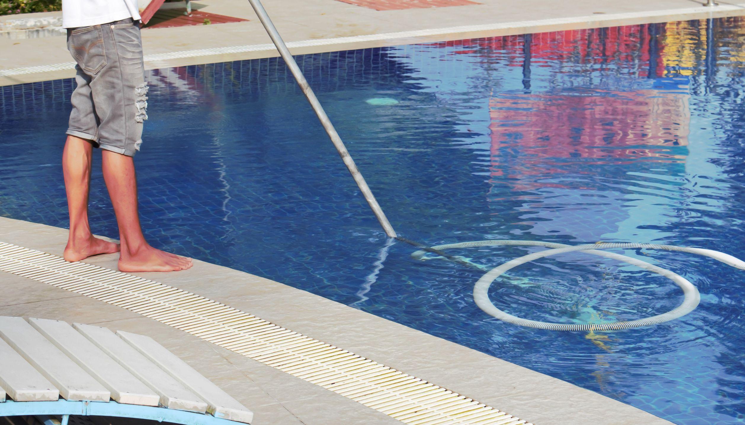 swimming-pool-service-repair