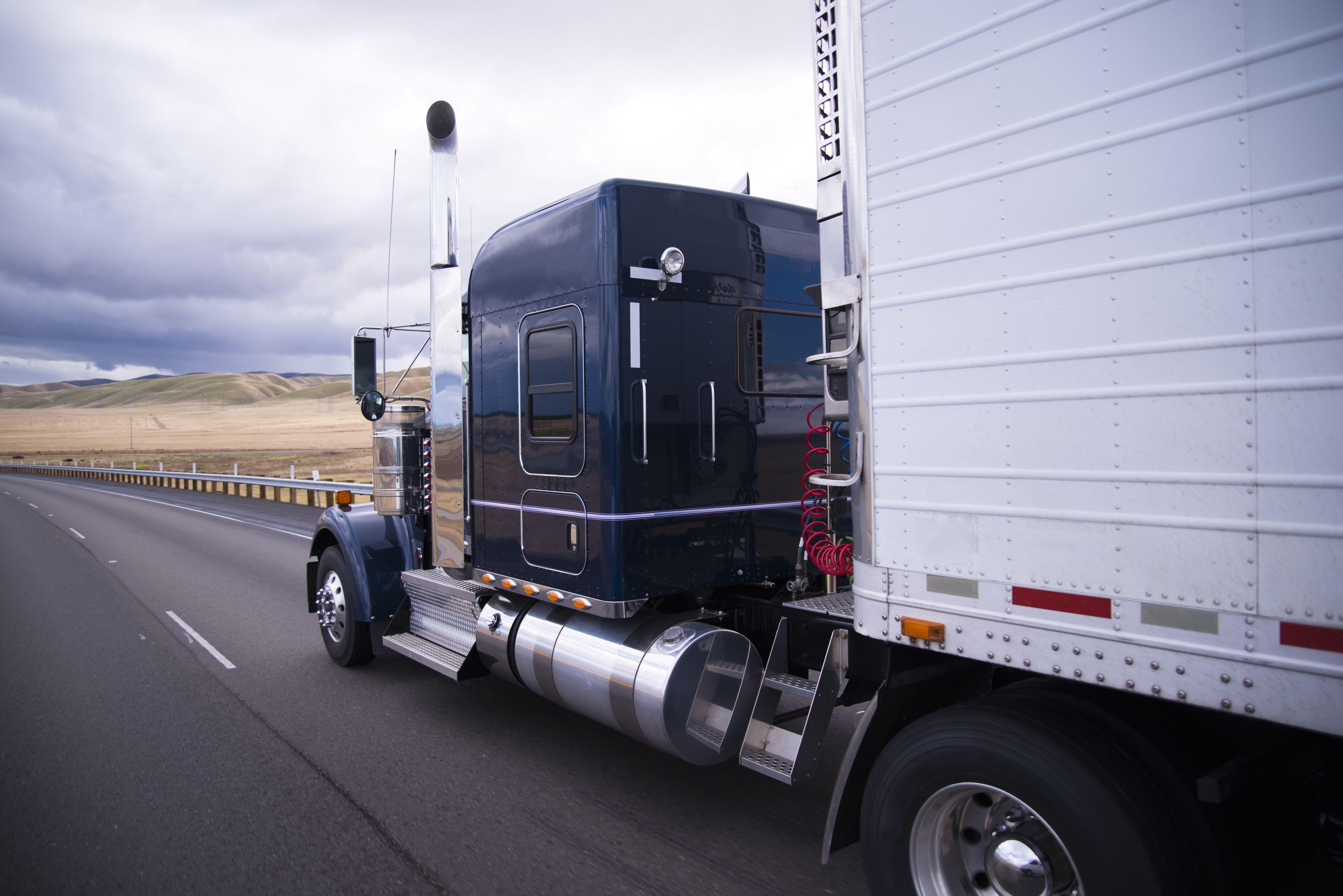 trucking-heavy-hauling
